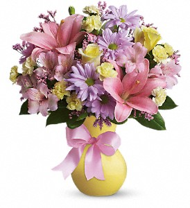 Teleflora's Simply Sweet in San Diego CA, <i><b>Edelweiss Flower Salon  858-560-1370</i></b>