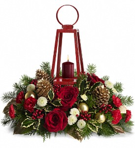 WILLIAMSBURG Lantern Centerpiece by Teleflora in Union City CA, ABC Flowers & Gifts