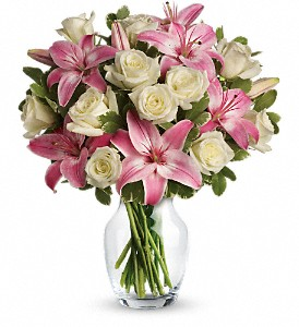 Always a Lady in Mount Dora FL, Claudia's Pearl Florist