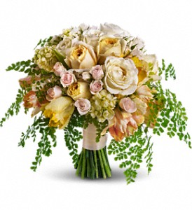 Best of the Garden Bouquet in Bakersfield CA, White Oaks Florist
