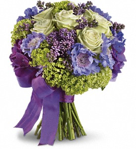 Martha's Vineyard Bouquet in San Francisco CA, Fillmore Florist