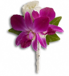 Fresh in Fuchsia Boutonniere in Salem OR, Aunt Tilly's Flower Barn