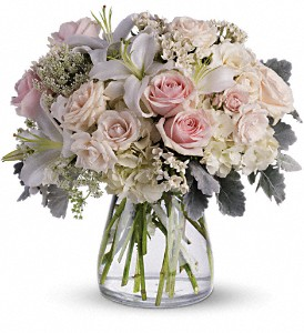 Beautiful Whisper in Bakersfield CA, White Oaks Florist
