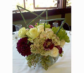 Flowing Love in Santa Monica CA, Santa Monica Florist
