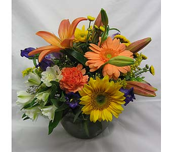 Mixed colorful flowers in Blue Bell PA, Country Flower Shoppe