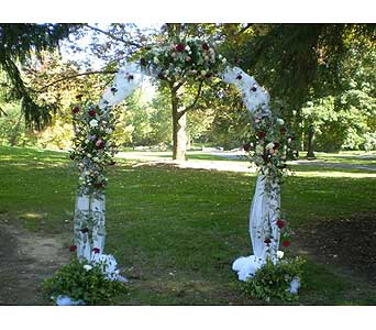 Wedding Arch in Hanover PA, Country Manor Florist