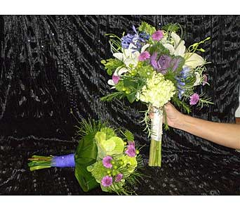Bouquets for a Special Wedding in Hanover PA, Country Manor Florist