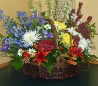 With Sympathy Basket in Saratoga Springs NY, Dehn's Flowers & Greenhouses, Inc