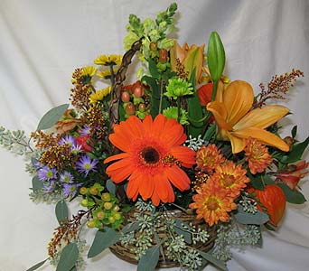 Warm Autumn Basket in Blue Bell PA, Country Flower Shoppe