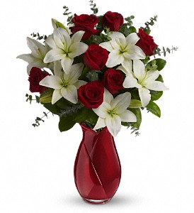 Teleflora's Look of Love Bouquet in San Jose CA, Rosies & Posies Downtown