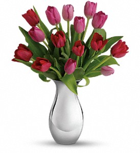 Teleflora's Sweet Surrender Bouquet in McHenry IL, Locker's Flowers, Greenhouse & Gifts