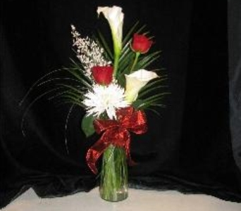 Calla & Rose combo in Bismarck ND, Dutch Mill Florist, Inc.