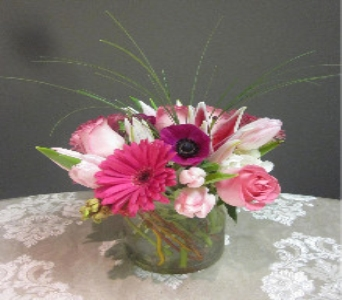 Think Pink Bouquet in Washington DC, Greenworks By Shane