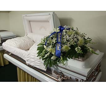 Casket Spray-All White in Chicago IL, Soukal Floral Co. & Greenhouses