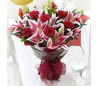 ROSES AND LILIES ARE THE PERFECT PAIR in Calgary AB, The Tree House Flower, Plant & Gift Shop