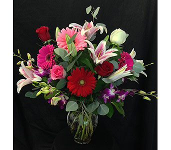 Love Mix in Dallas TX, Z's Florist