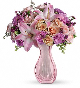 Teleflora's Magnificent Mom Bouquet in El Cajon CA, Robin's Flowers & Gifts