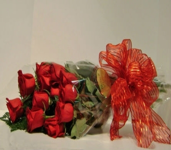 Dozen Red Roses Wrapped in Herndon VA, Herndon Florist, Inc