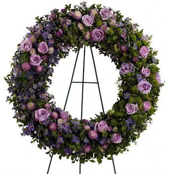 Heavenly Wreath in McLean VA, MyFlorist