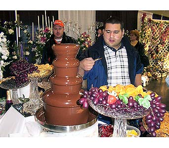 Chocolate Fountain Corporate Events in Grand Island NE, Roses For You!