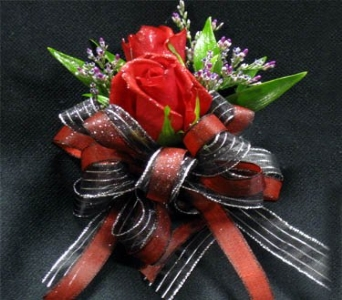 Rose Corsage in Kennewick WA, Heritage Home Accents & Floral