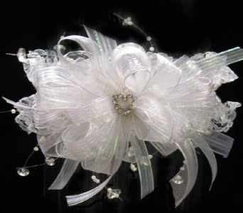 White Wedding Garter in Kennewick WA, Heritage Home Accents & Floral