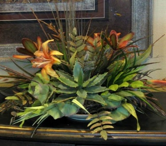 Botanical Centerpiece in Kennewick WA, Heritage Home Accents & Floral
