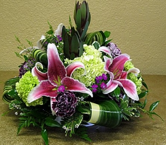Sophisticated Centerpiece in Delray Beach FL, Delray Beach Florist