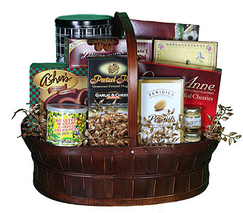 Gourmet Basket Large in Southampton PA, Domenic Graziano Flowers