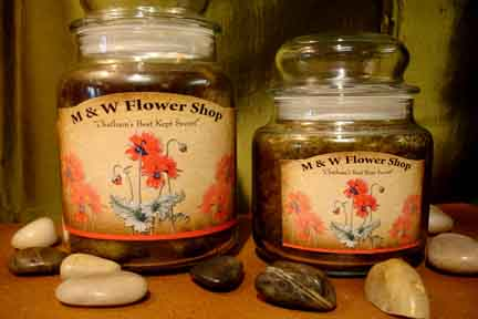 M & W 28 oz. Scented Candle in Chatham VA, M & W Flower Shop