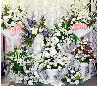 Altar Bouquets in Grand Island NE, Roses For You!