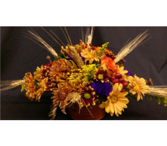 M & W''s Giving Thanks Bouquet in Chatham VA, M & W Flower Shop