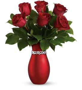 Teleflora's Endless Kisses - Long Stemmed Roses in Orleans ON, Crown Floral Boutique