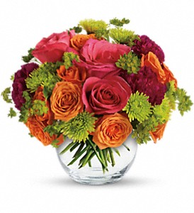 Teleflora's Smile for Me in Santa Claus IN, Evergreen Flowers & Decor