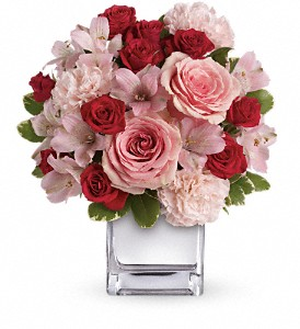 Teleflora's Love That Pink Bouquet with Roses in Newburgh NY, Foti Flowers at Yuess Gardens