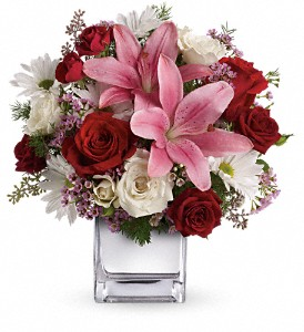 Teleflora's Happy in Love Bouquet in Bakersfield CA, White Oaks Florist