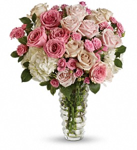 Luxe be a Lady by Teleflora in Fairfield CT, Hansen's Flower Shop and Greenhouse