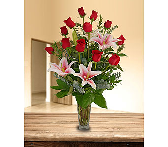 Premium Rose Arrangement in Dallas TX, In Bloom Flowers, Gifts and More