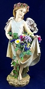 Angel 19038 w/Flowers in Indianapolis IN, Madison Avenue Flower Shop