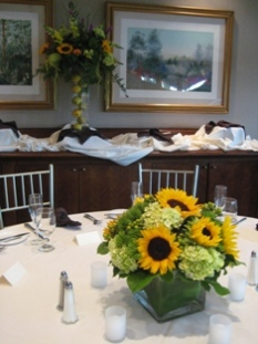 Centerpiece and Buffet Piece in Somerset NJ, Flower Station