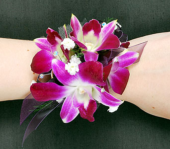 Four Bloom Dendrobium Orchid Corsage in Madison WI, Felly's Flowers