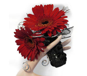 Classy Gerb Corsage in Amherst NY, The Trillium's Courtyard Florist