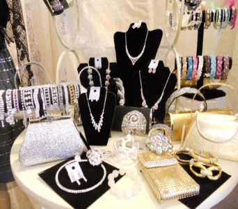 Jewelry in Albany Area NY, A Touch of Country
