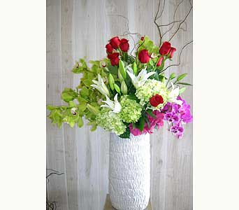Noble in Dallas TX, Petals & Stems Florist