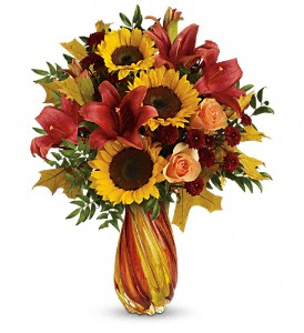 Teleflora's Autumn Beauty Bouquet in Mora MN, Dandelion Floral