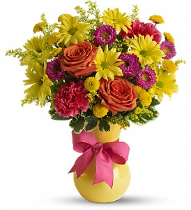 Teleflora's Hooray-diant! in Columbus IN, Fisher's Flower Basket
