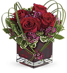 Teleflora's Sweet Thoughts Bouquet with Red Roses in San Jose CA, Everything's Blooming