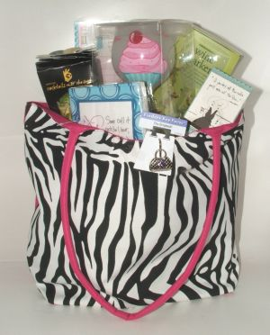Bag For Your Bestie in Salisbury MD, Kitty's Flowers