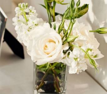 White Grace Centerpiece in Knoxville TN, The Flower Pot
