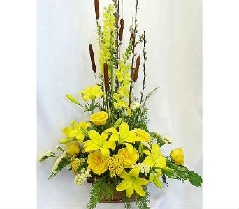 Yellow Basket in Warren MI, Downing's Flowers & Gifts Inc.